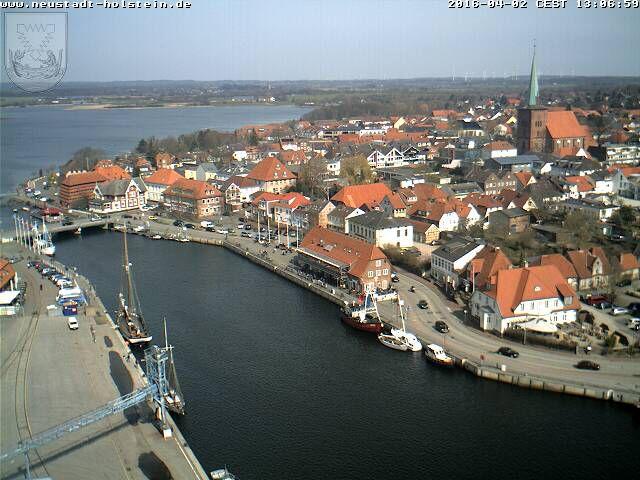 Neustadthafen.jpg