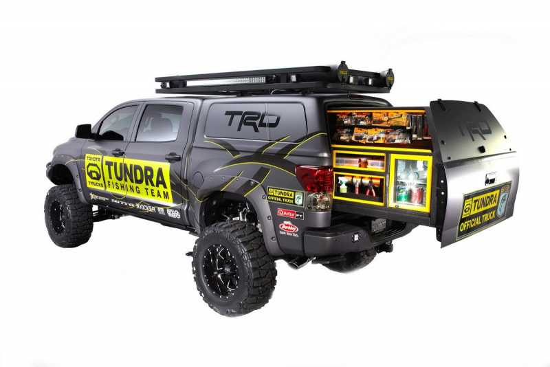 Toyota-Tundra-Fishing-2.jpg